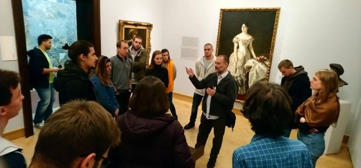 Studenti Akademije umetnosti u Beogradu u poseti Narodnom muzeju