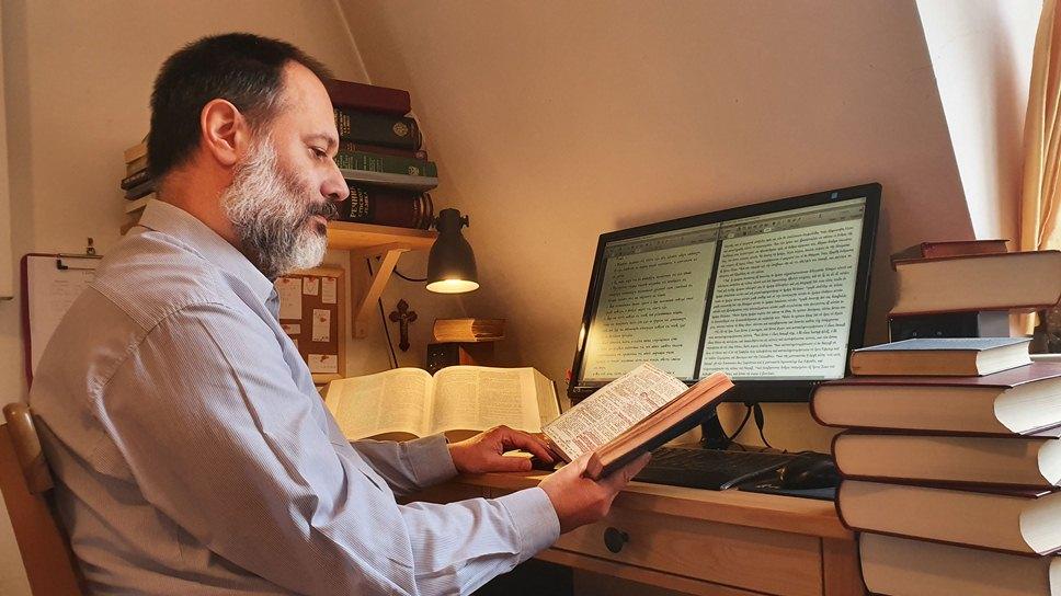 PROF. DR MILAN RADOVANOVIĆ U TIMU STRUČNJAKA ZA NOVI PREVOD BIBLIJE