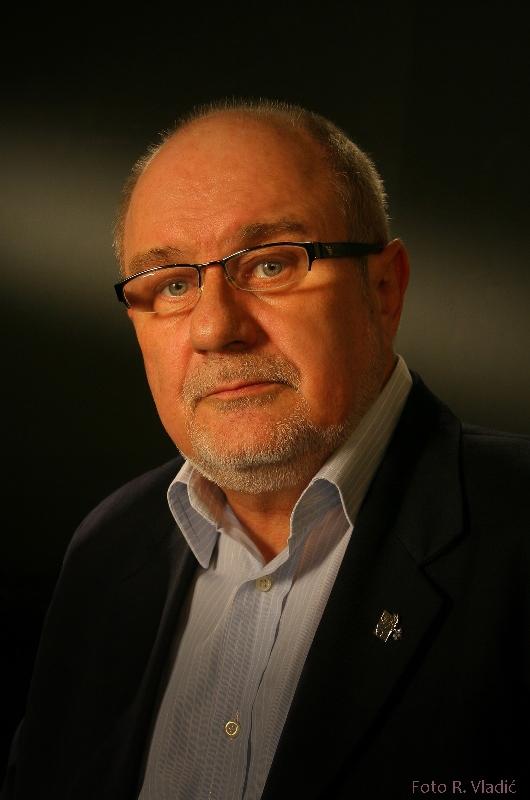 DUŠAN ĐOKOVIĆ (1945. -2018.)